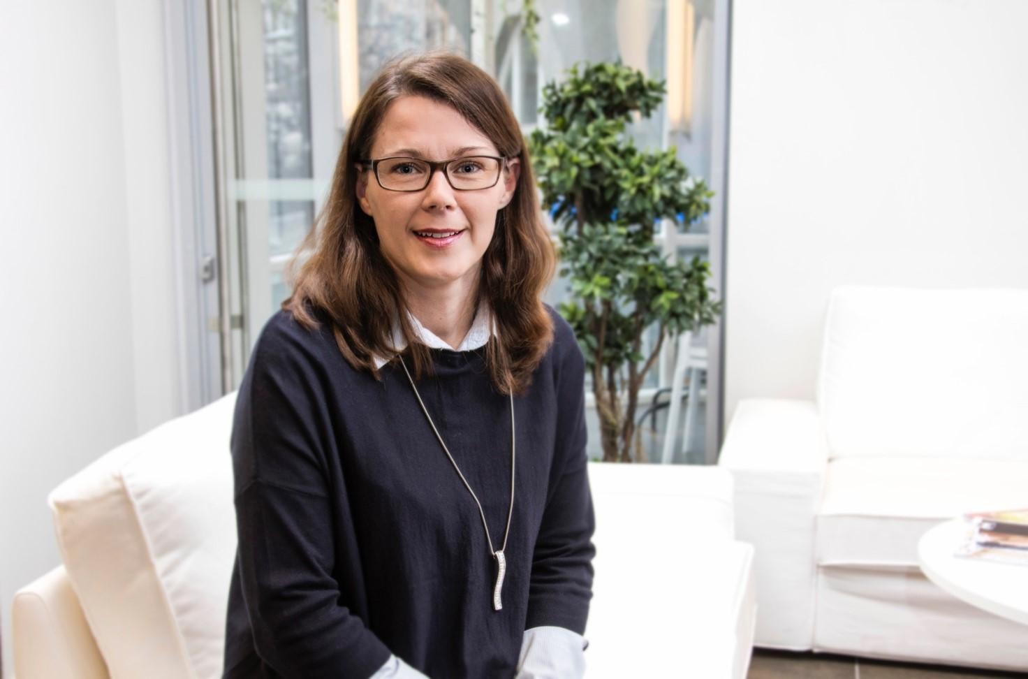 Saija Larsen on tyytyväinen Aallon Groupin palveluun